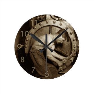 Steam Pump Mechanic Round Clock