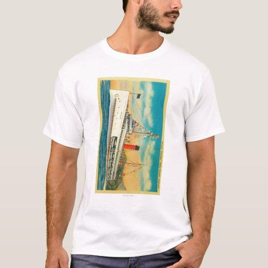 """Steamer """"Catalina"""" at Santa Catalina Island T-Shirt"""