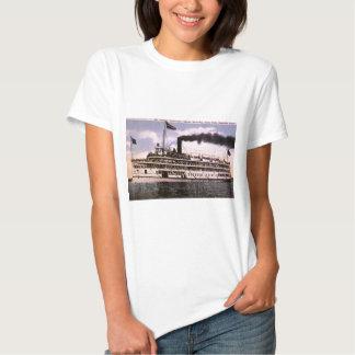 "Steamer ""Put-in-Bay"", Detroit, Michigan T-Shirt"