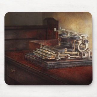 Steampunk - A crusty old typewriter Mouse Pad