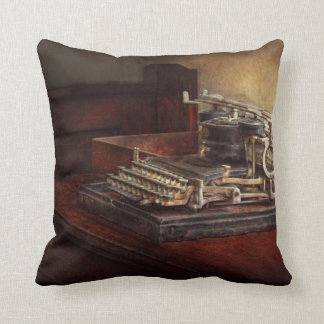 Steampunk - A crusty old typewriter Throw Pillow