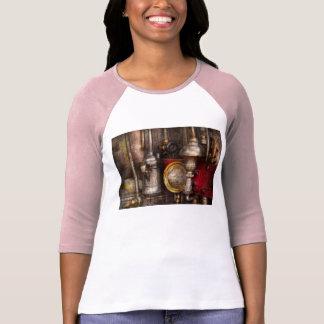 Steampunk - aceite de las necesidades t-shirt