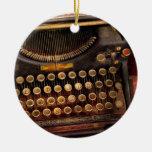 Steampunk - apenas una máquina de escribir ordinar ornamentos de reyes magos