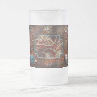 Steampunk - caja de Pandora Jarra De Cerveza Esmerilada
