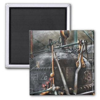 Steampunk - el motor de vapor iman