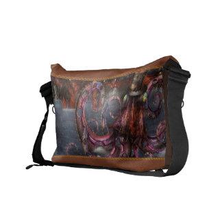 Steampunk - Enteroctopus magnificus roboticus Messenger Bags