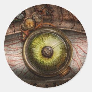 Steampunk - espeluznante - ojo en tecnología pegatina redonda