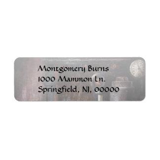 Steampunk - Handling Pressure Label