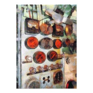 Steampunk - indicadores en sala de máquinas anuncio