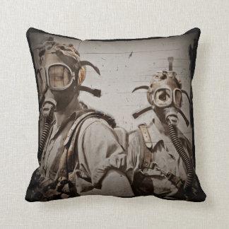 Steampunk inspiró las caretas antigás cojines
