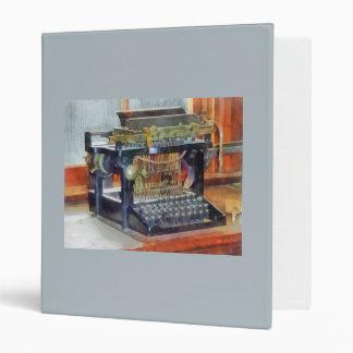 """Steampunk - máquina de escribir del vintage carpeta 1"""""""
