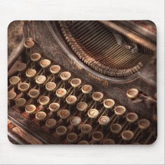 Steampunk - máquina de escribir - tuckered también mouse pad