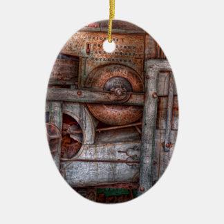 Steampunk - mi máquina nueva y mejorada adorno ovalado de cerámica