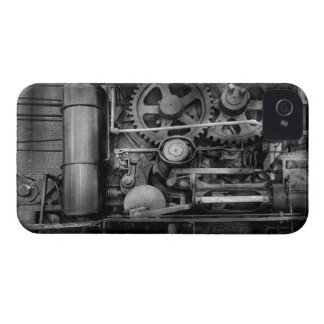 Steampunk - Serious Steel Case-Mate iPhone 4 Cases