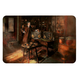 Steampunk - The time traveler 1920 Magnet