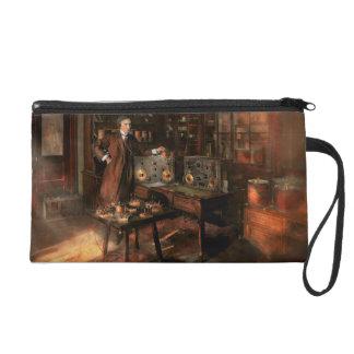 Steampunk - The time traveler 1920 Wristlet
