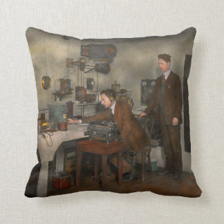 Steampunk - The wireless apparatus - 1905 Throw Pillow
