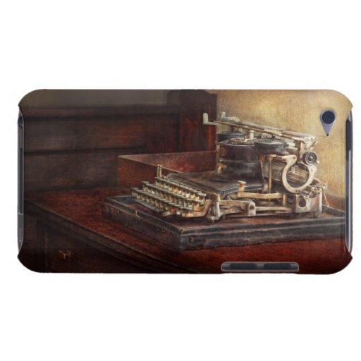 Steampunk - una máquina de escribir vieja crujient Case-Mate iPod touch protector