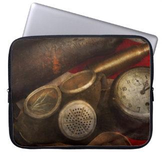Steampunk - War - Remembering the war Laptop Computer Sleeves