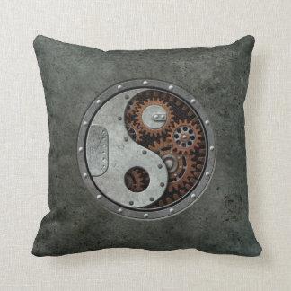 Steampunk Yin Yang Almohada