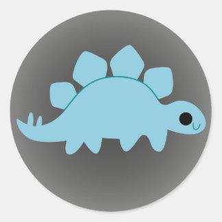 Stegosaurus azul lindo en gris pegatina redonda