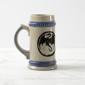 Stein derecho de la cerveza del dragón negro jarra de cerveza