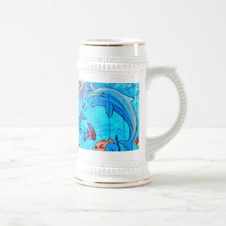stein tropical de risa de los pescados de los jarra de cerveza