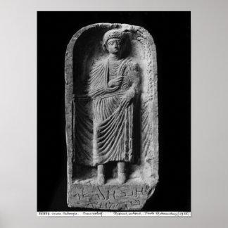 Stela funerario de un hombre, descubierto en Palmy Impresiones