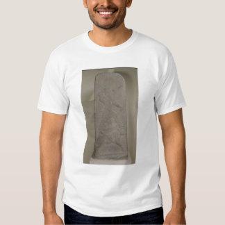 Stele que representa a tormenta-dios Adad Camisas
