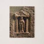 Stele votivo del mármol y de la piedra arenisca co rompecabeza