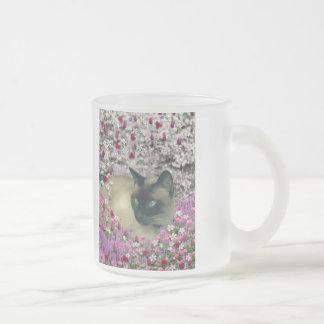 Stella en flores I - gato siamés poner crema del c Taza De Café
