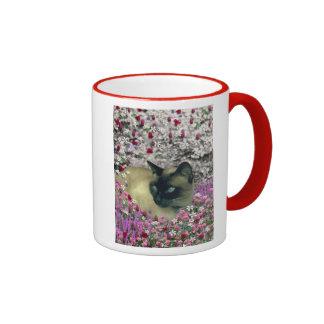 Stella en flores I - gato siamés poner crema del c Tazas De Café