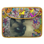 Stella in Butterflies Chocolate Point Siamese Cat Sleeve For MacBooks