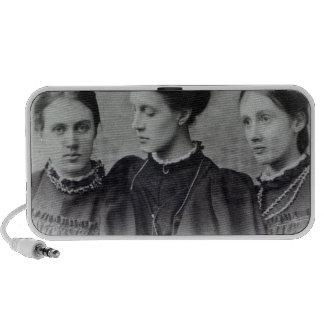 Stella, Vanesa y Virginia Stephen, c.1896 Altavoces