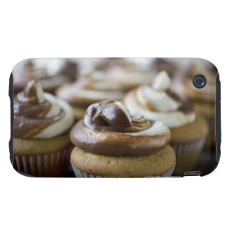 Step by step photos of peanut butter cupcakes iPhone 3 tough case