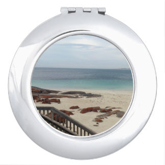 Stepping_Into_Oceanic_Bliss, _Compact-Mirror. Espejos Compactos
