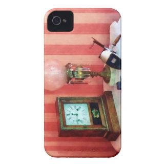 Stereopticon, lámpara y reloj iPhone 4 Case-Mate funda
