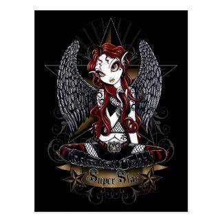 Stevie tatuó la postal del ángel de la estrella de