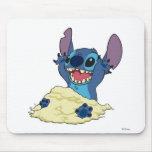 Stich que juega en la arena Disney Mouse Pad