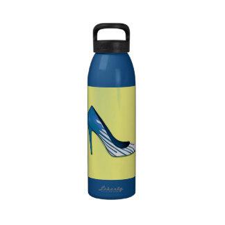 Stiletto pump blue on yellow drinking bottle