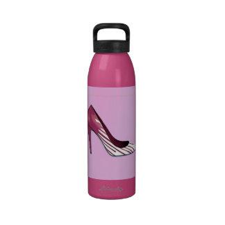 Stiletto pump burgundy on lavender drinking bottle