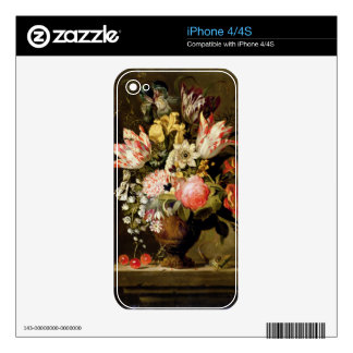 Still Life of Flowers in a Vase with a Lizard on a Skin For iPhone 4S
