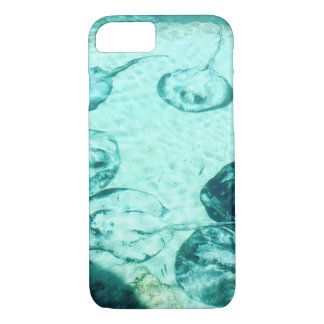 Sting rays in Xcaret, Mexico iPhone 8/7 Case