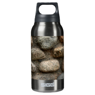 Stone wall insulated water bottle