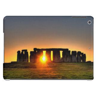 Stonehenge en el amanecer del pleno verano funda para iPad air
