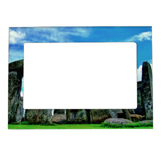 Stonehenge Magnetic Frame