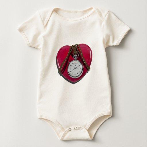 StopwatchRedHeart111112 copy.png Body Para Bebé