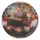 Store - NY - Chelsea - Fresh fruit stand Party Plates
