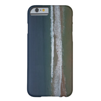 Storm clouds out ot sea above Mona Vale Beach Barely There iPhone 6 Case