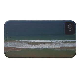 Storm clouds out ot sea above Mona Vale Beach iPhone 4 Case-Mate Case